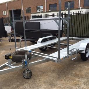 gal-car-trailer